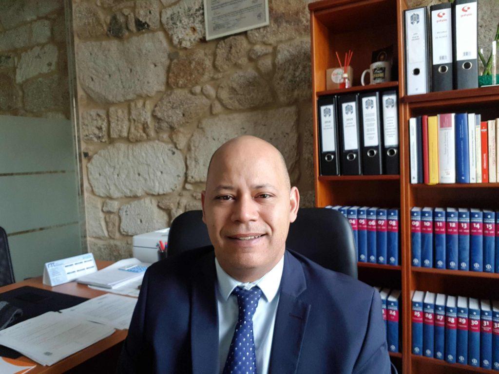 Abogado Lino Garcia